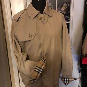 Men/women's Vintage Burberry bomber jacket lined